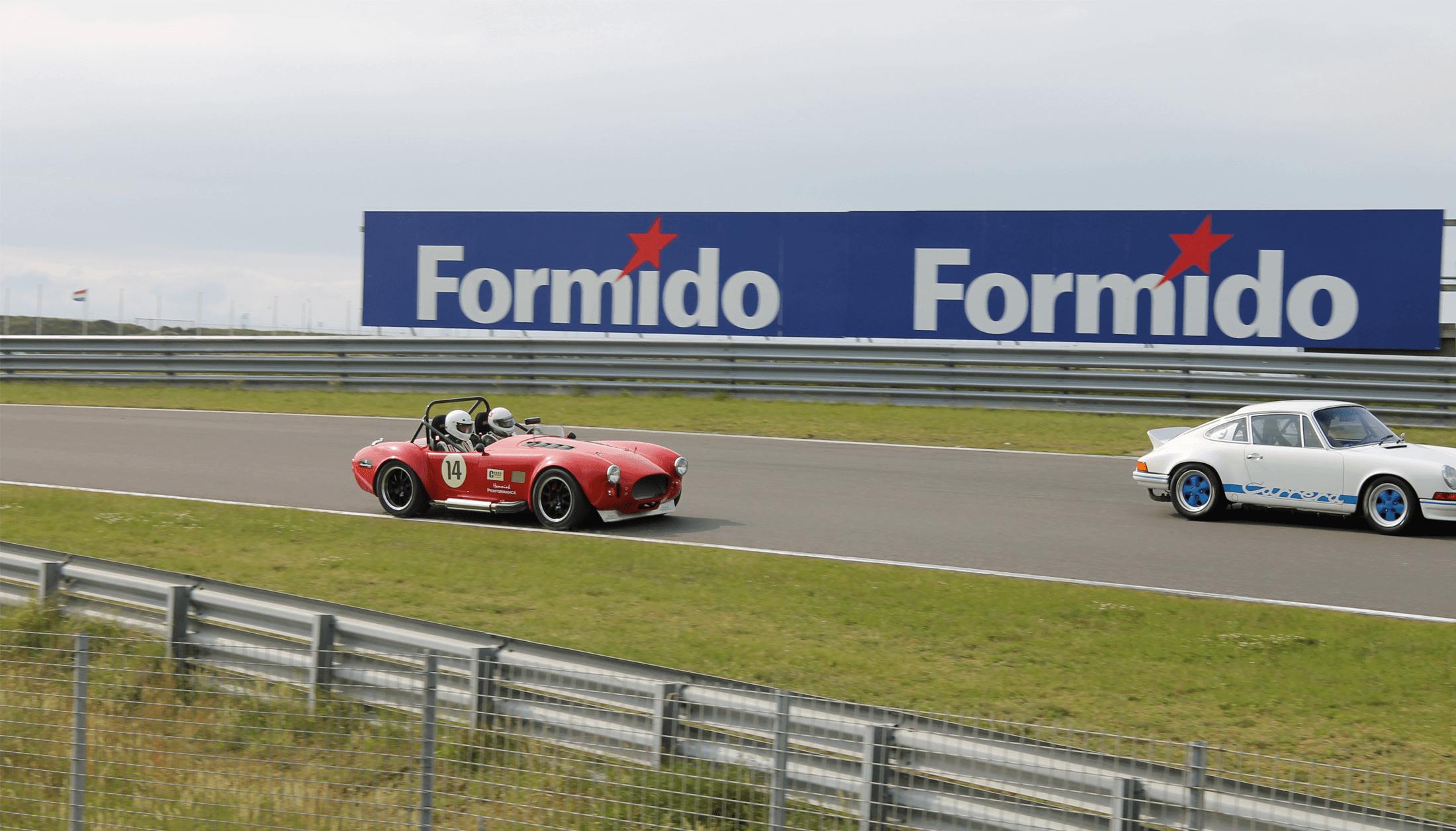 autosport-and-racing-2